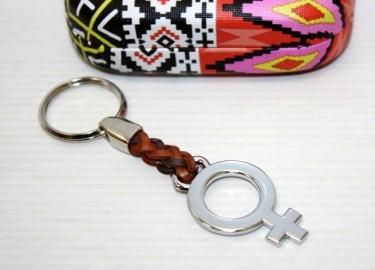 Llavero Piel Trenzado Mujer en Caja Metal