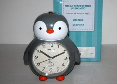Despertador 6 Melodías Pingüino