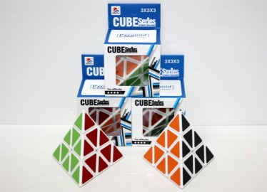 Cubo Tipo Rubick Pirámide